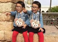 完美演绎日常搭配!时尚可爱萌双胞胎姐妹