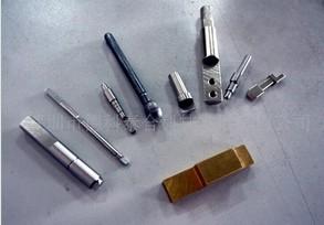 电子烟类铣扁机,钻孔机加工后样品图