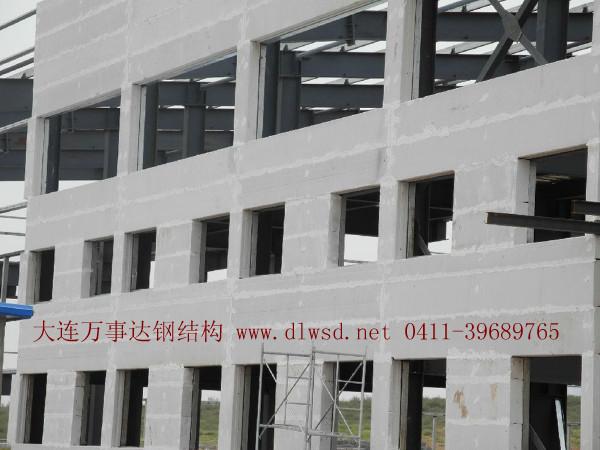 大連隔墻板 大連輕質墻板 鋼結構施工.jpg